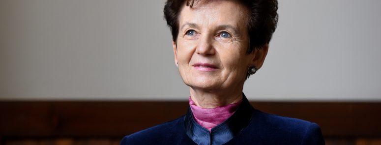 Anita Luncan (9)